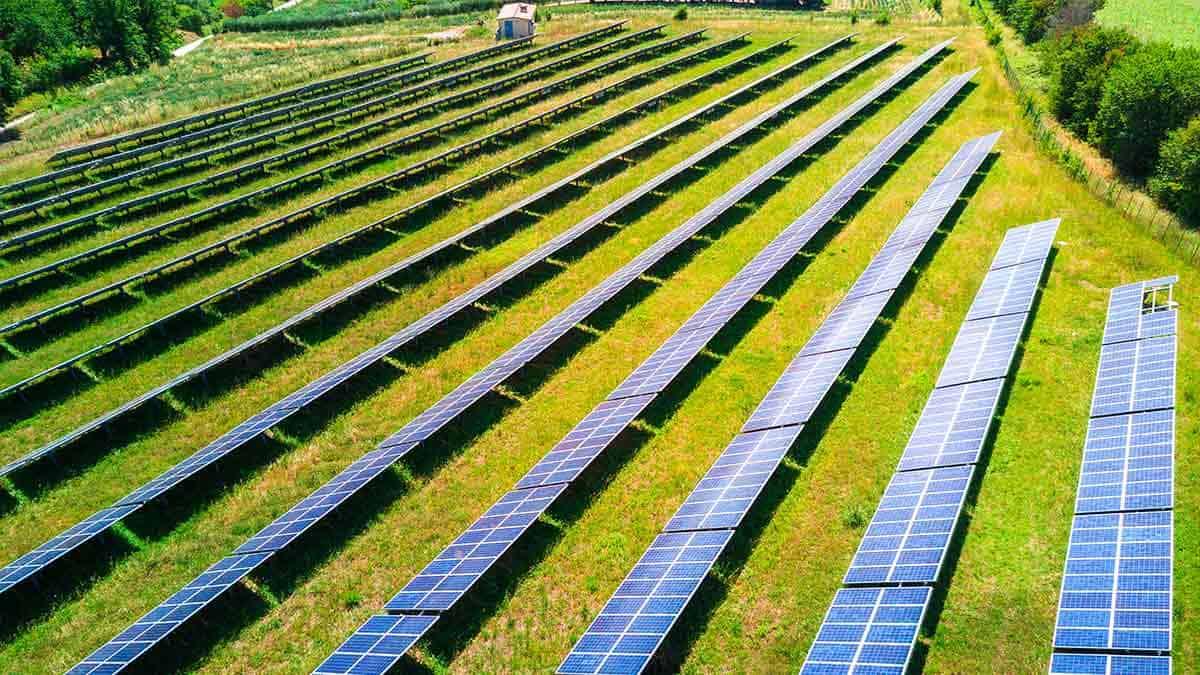 Grundstück verpachten für Solarpark